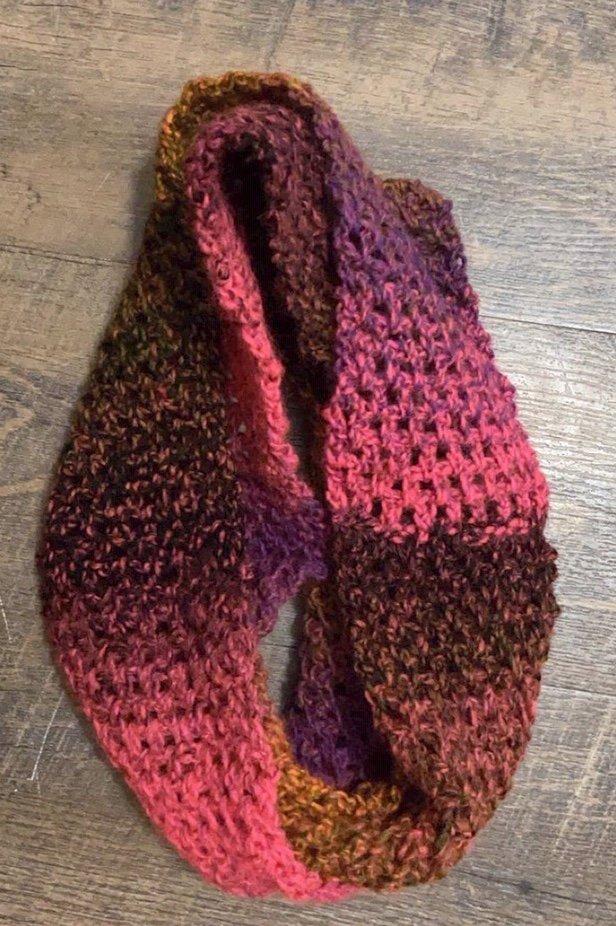 Everlasting Infinity Scarf Free Crochet Pattern